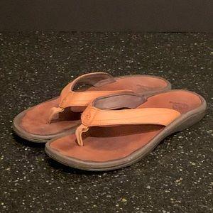Olukai Ohana Leather Sandals. Tan. Size 8
